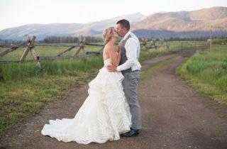 Colorado Wedding Venue Highlight | The Winding River Ranch