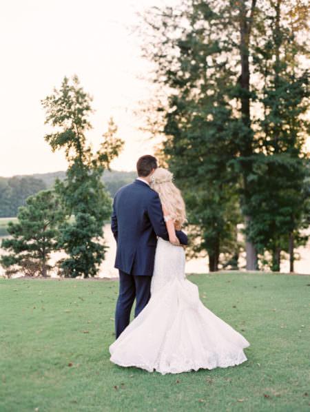 Lavish Rustic Glam Foxhall Resort Wedding in Atlanta, Featured on Grey Likes Weddings, Foxhall Resort, Georgia Wedding Venue, Atlanta Wedding Venue, Atlanta Wedding Planner