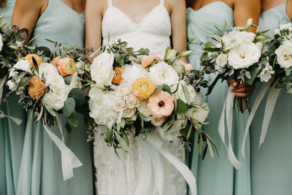 We are sharing our 2019 best wedding designs from the year. Featuring Chancey Charm Nashville. #weddingdesign #weddinginspiration #chanceycharmnashville