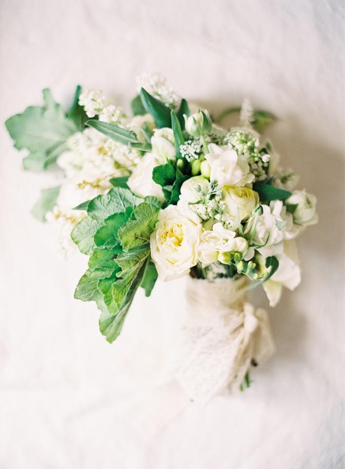 bride-bouqet-organic