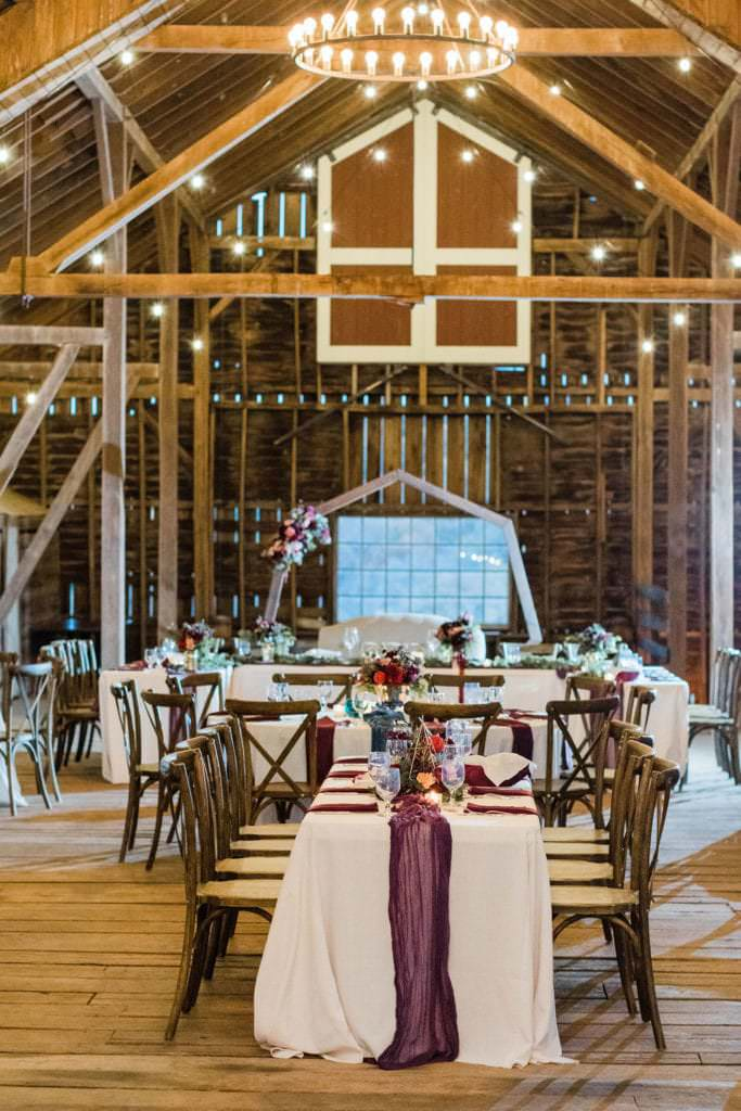 This fall wedding was one of the highlights of my 2019 season. You could not plan a more perfect date with the rich foliage, temperate weather, and beautiful event spaces at Sylvanside Farm. #virginiawedding #fallwedding #chanceycharmvirginia
