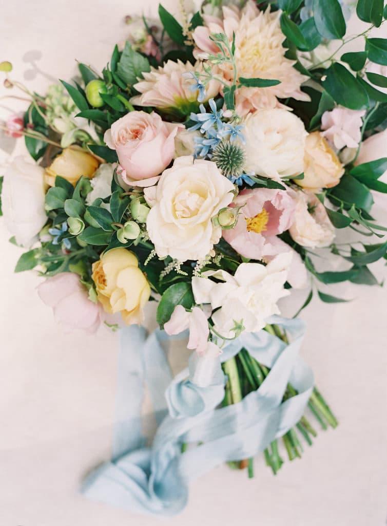 charleston-wedding-bouquet-lush